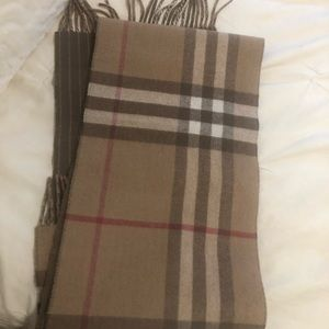 Authentic Burberry Unisex scarf
